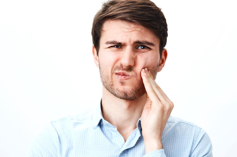 Sangrado de encías. Clínica dental en Avilés